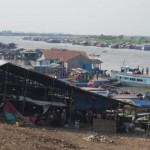 Market along the Tonle Sap