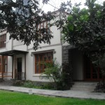 Classes are held at the Miraflores Methodist Church