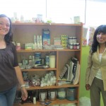 Leanna with Juana (right), a health promoter for the PROSIM project