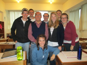 "The ""Sierra"" (Mountains) Spanish class, with their instructor Moises"