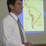 "Nestor Vergara presents ""Problems in the Marginal Urban Areas"" of Lima"