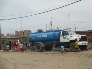 Trucks like these are the only source of water in Chavin de Huantar and hundreds of similar neighborhoods that lie at the edge of metropolitan Lima