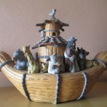 Quinua is famous for its ceramics, like this interpretation of Noah's Ark