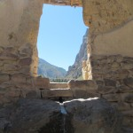Doorway and fountain inside the Ollantaytambo archaeological site