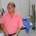 Alejandro Leon Soto, administrator of Clinica Elera, discusses the use of a diagnostic room.
