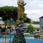 The small town of Santa Ana celebrates the area's indigenous people with a statue in the central plaza.