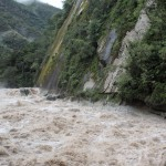 The swift-flowing Urubamba River crashes through Aguas Calientes.