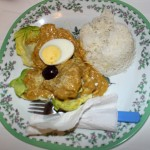 Before departing for the airport, students enjoyed aji de gallina – shredded chicken in a mild chili sauce served over rice and potatoes.