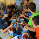 Students enjoy lunch.