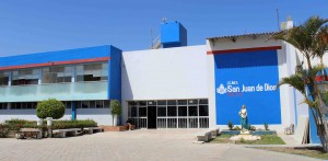 The Clinica San Juan de Dios, which provides a wide range of medical care.