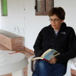 Peru SST Co-Director Judy Weaver enjoys a quiet moment to read.