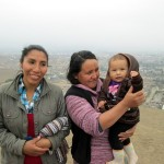 Carmen with her friend from Ancash and her little girl, Candy.