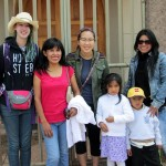 Lydia and Shina pose with their host family in Huacarpay.