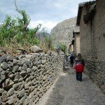 Walking through the narrow streets of Ollantaytambo.