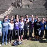 A group photo in front of the Ollantaytambo complex.