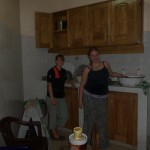 Lynn and Erin washing dishes
